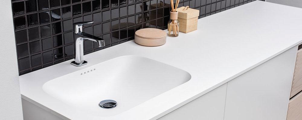 Bordplade badeværelse-indstøbt vask