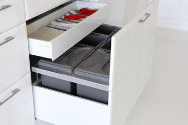 affaldssystem til køkkenskab